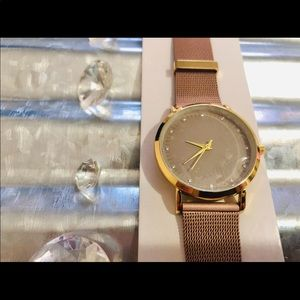Watch set of 2 NWT fashionable accessories